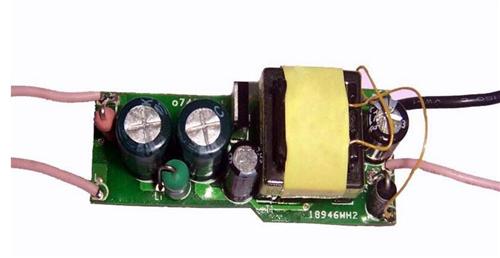 叁种日用的LED驱触动电源详松(开关恒流动源/线性IC电源/阻容投降压电源)