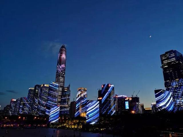 超百万人次观赏 深圳灯光秀到底花了多少钱